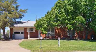 Single Family Home Sold: 4511 NW Santa Fe Ave