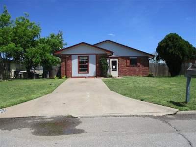 Lawton Single Family Home For Sale: 3826 NW Arlington Ave