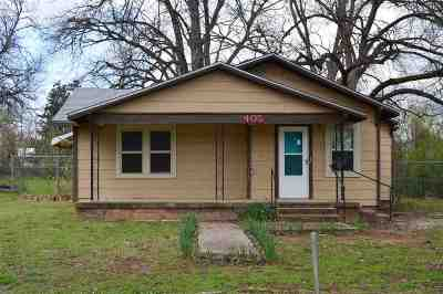 Duncan Single Family Home Under Contract: 405 W Ash