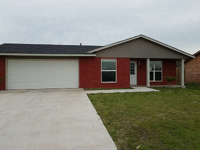 Lawton Single Family Home Under Contract: 6137 SW Park Ave