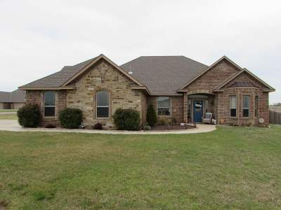 Elgin Single Family Home For Sale: 13920 Tag Office Rd