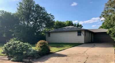Lawton Single Family Home For Sale: 6407 NW Maple Ave