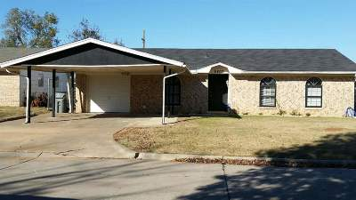 Lawton Single Family Home For Sale: 6407 NW Cherry Ave