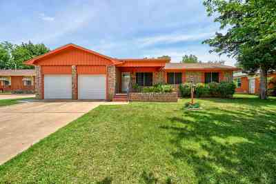 Lawton Single Family Home For Sale: 2221 NW 40th St