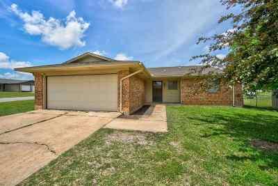 Lawton Single Family Home For Sale: 3202 SE Footman Ln