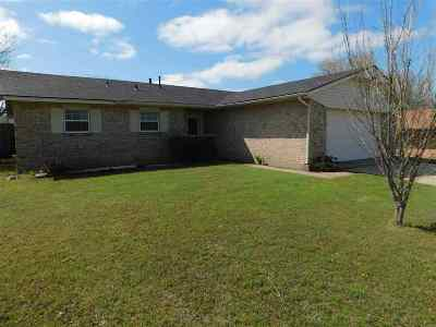 Lawton Single Family Home For Sale: 2624 NW 77th St