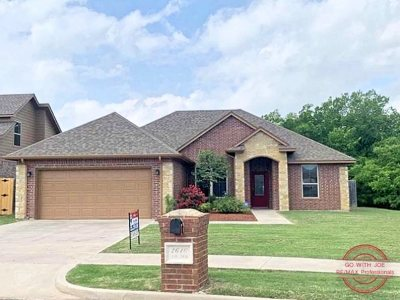 Lawton Single Family Home For Sale: 2610 NW 58th St