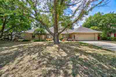 Lawton Single Family Home For Sale: 7516 NW Stonegate Dr