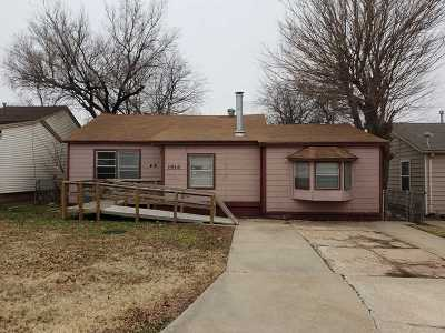 Lawton Single Family Home For Sale: 1914 NW Ozmun Ave