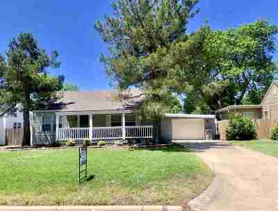 Lawton Single Family Home Under Contract: 718 NW 16th St