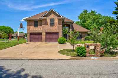 Lawton Single Family Home For Sale: 7609 NW Folkstone Way