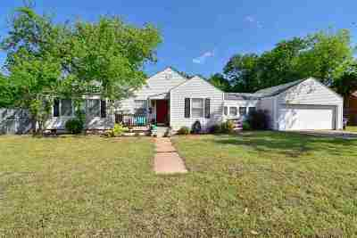Lawton Single Family Home For Sale: 1141 NW Maple Ave