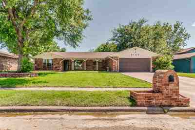 Lawton Single Family Home For Sale: 5704 NW Rotherwood Dr