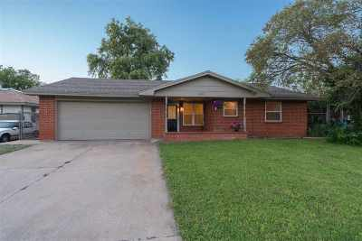 Lawton Single Family Home Under Contract: 6403 NW Maple Ave