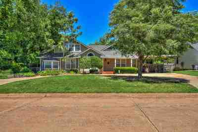 Lawton Single Family Home Under Contract: 1311 NW Elm Ave