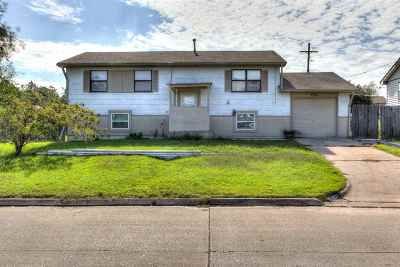 Lawton Single Family Home For Sale: 5302 NW Elm Ave