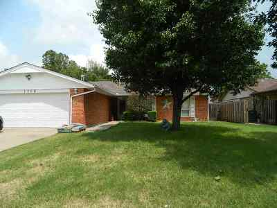 Lawton Single Family Home For Sale: 1709 NW Gray Warr Pl