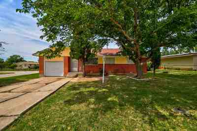 Lawton Single Family Home Under Contract: 4527 NW Cheyenne Ave