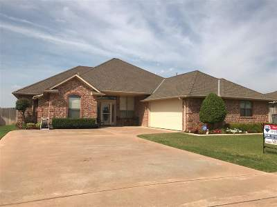 Lawton Single Family Home For Sale: 6722 SW Driftwood Dr