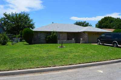 Lawton Single Family Home For Sale: 1607 SE Indiana Ave