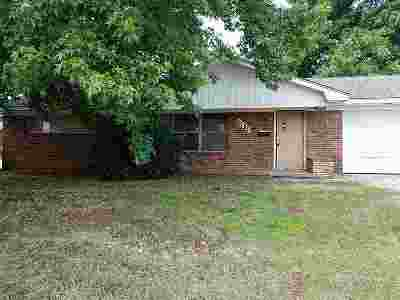 Duncan Single Family Home Under Contract: 1101 N 17th