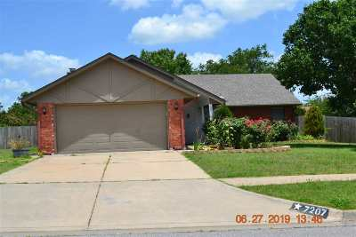 Lawton Single Family Home For Sale: 7207 NW Willow Pl