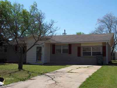 Lawton Single Family Home For Sale: 4908 NW Pollard Ave
