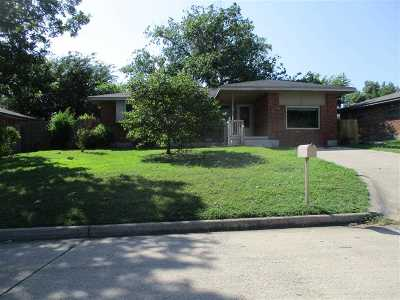 Lawton Single Family Home Under Contract: 506 NW 60th St