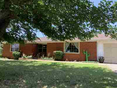 Lawton Single Family Home For Sale: 13865 NW McClung Rd