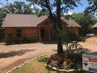 Medicine Park Single Family Home For Sale: 509 NW Eagles Landing Pl