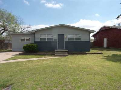 Lawton Single Family Home For Sale: 4504 SW Atom Ave
