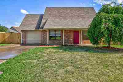 Lawton Single Family Home For Sale: 4104 SW Rolling Hills Dr