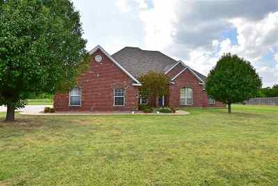 Lawton Single Family Home For Sale: 60 NW Sandy Trail Ln