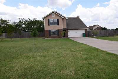 Lawton Single Family Home For Sale: 18 NW Havenshire Cir