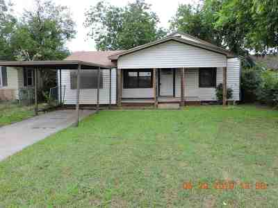 Lawton Single Family Home Under Contract: 2417 SW E Ave