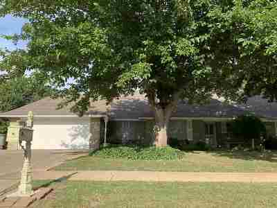 Lawton Single Family Home Under Contract: 1109 NW Becontree Dr