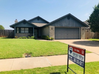 Lawton Single Family Home For Sale: 3909 SW Wolf St