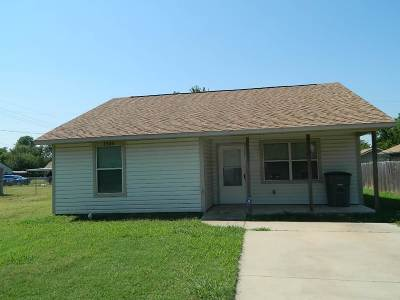 Lawton Single Family Home For Sale: 1904 NW Irwin Ave