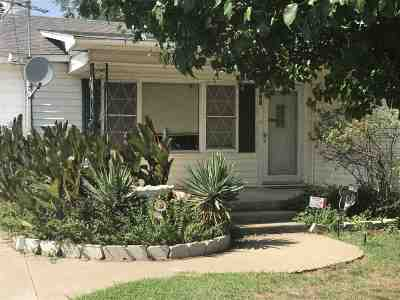 Elgin Single Family Home For Sale: 721 3rd St