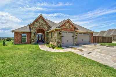 Cache Single Family Home For Sale: 1309 Dahlia Ln