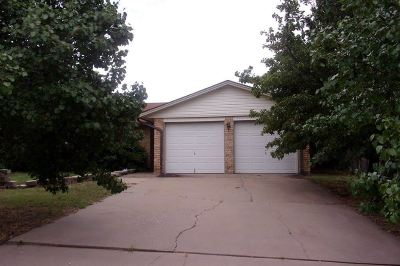 Lawton Single Family Home For Sale: 6148 SW Oakcliff Ave