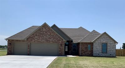 Comanche County Single Family Home For Sale: 14125 NE Old Mill Rd