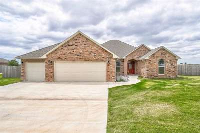 Comanche County Single Family Home For Sale: 8397 SW Sun Valley Dr