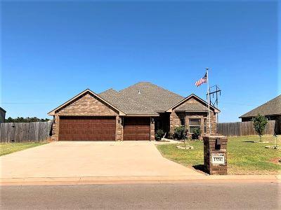 Comanche County Single Family Home For Sale: 1536 NE Scenic Ridge