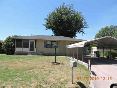 Lawton Single Family Home For Sale: 328 NW 62nd St