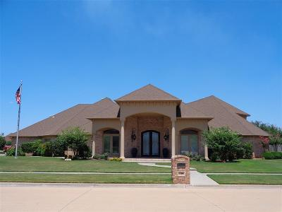 Lawton Single Family Home For Sale: 7709 NW Wyatt Lake Dr