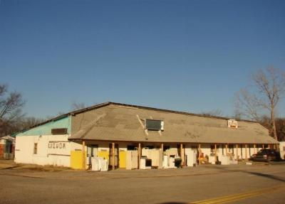 Spavinaw OK Commercial For Sale: $65,000