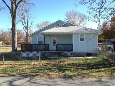 Jay Single Family Home For Sale: 402 N 3rd St
