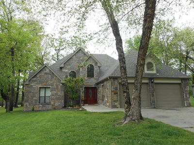 Afton Single Family Home For Sale: 451868 Point O Woods