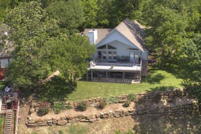 Grove Single Family Home For Sale: 62999 E 316 Rd